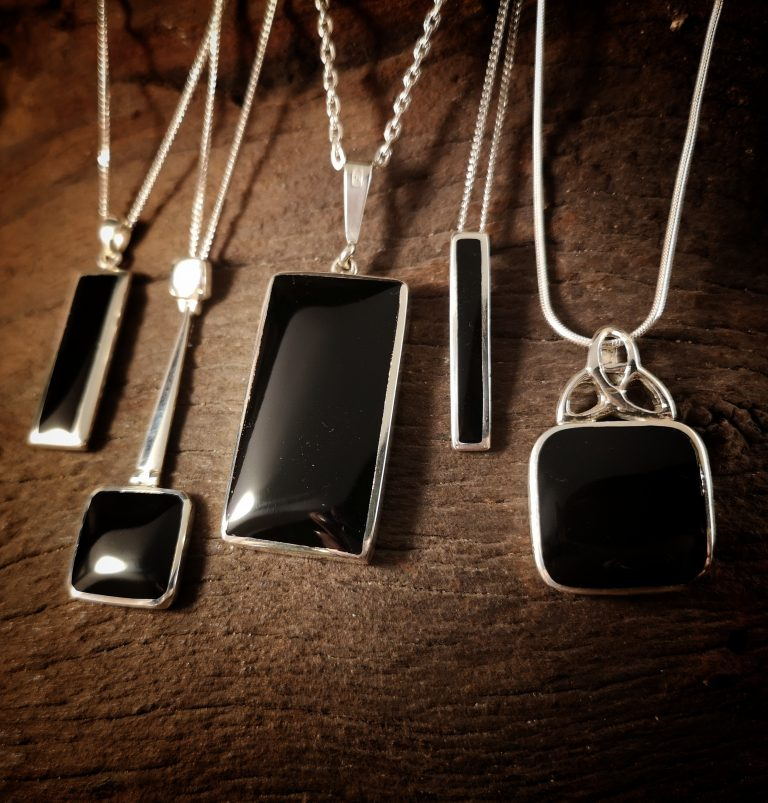 Square & rectangular pendants