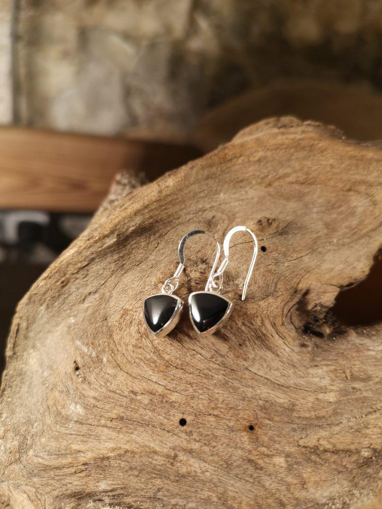 Small triangular drop earrings