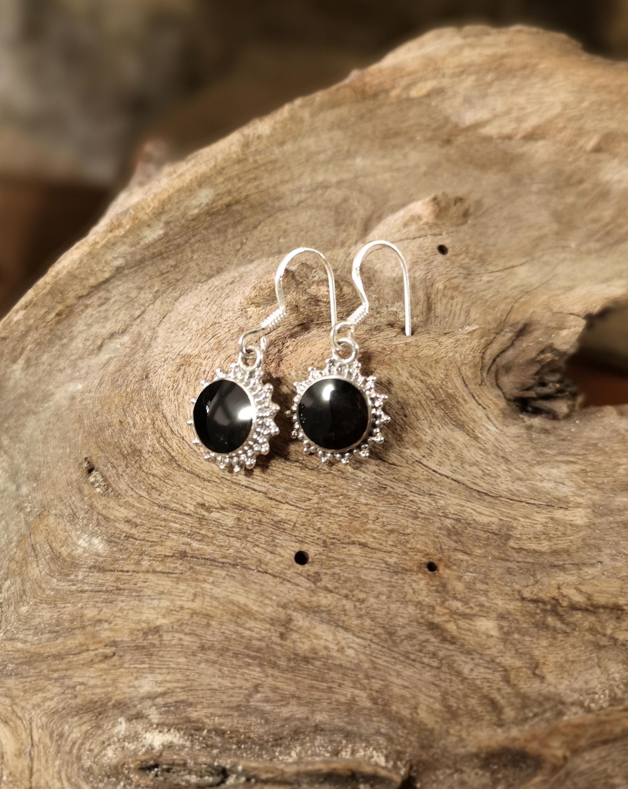 Fancy round drop earrings