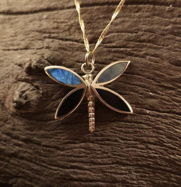 9ct Gold labradorite butterfly pendant