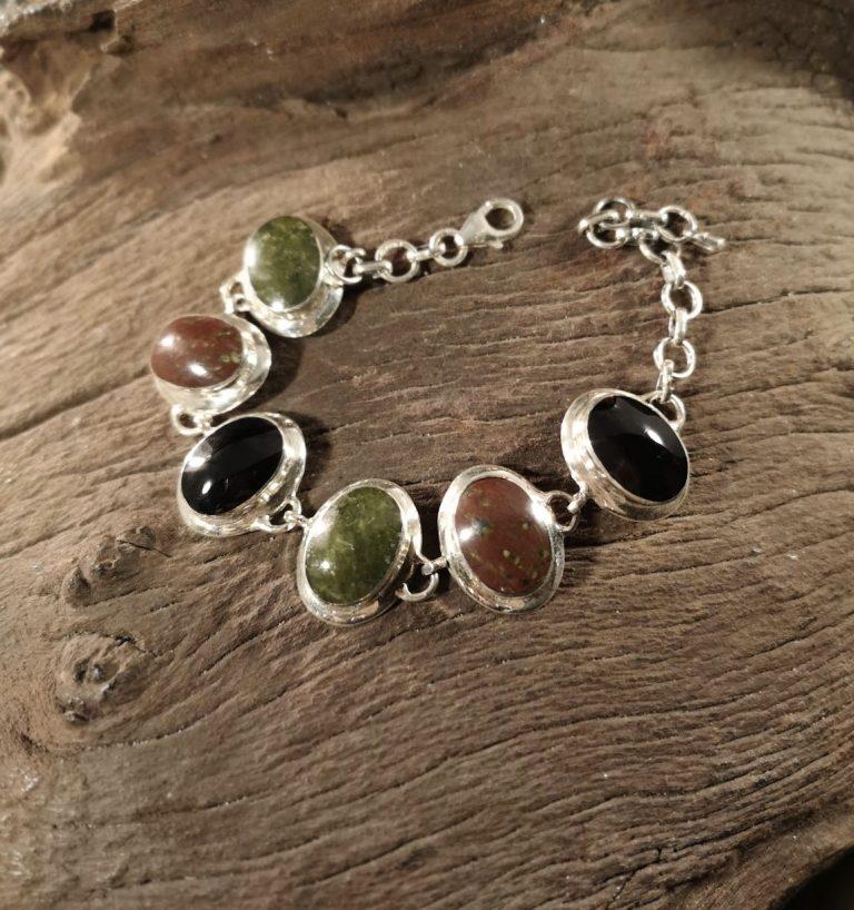 Large broad-edge combination bracelet