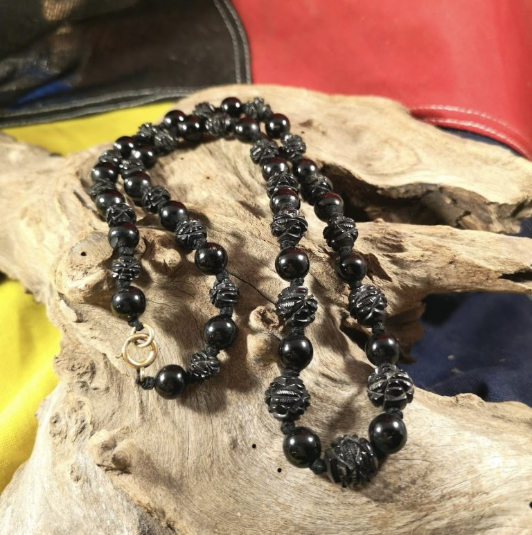 Antique 22.5″ round and carved Whitby Jet beads