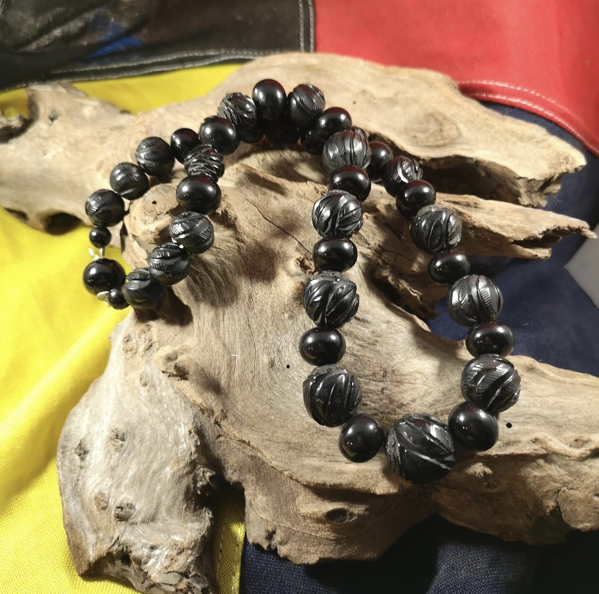 Antique 20″ large carved and round Whitby Jet beads