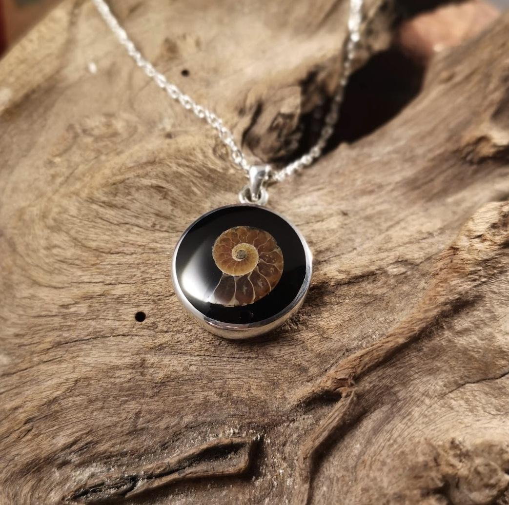 Small round ammonite inlay pendant