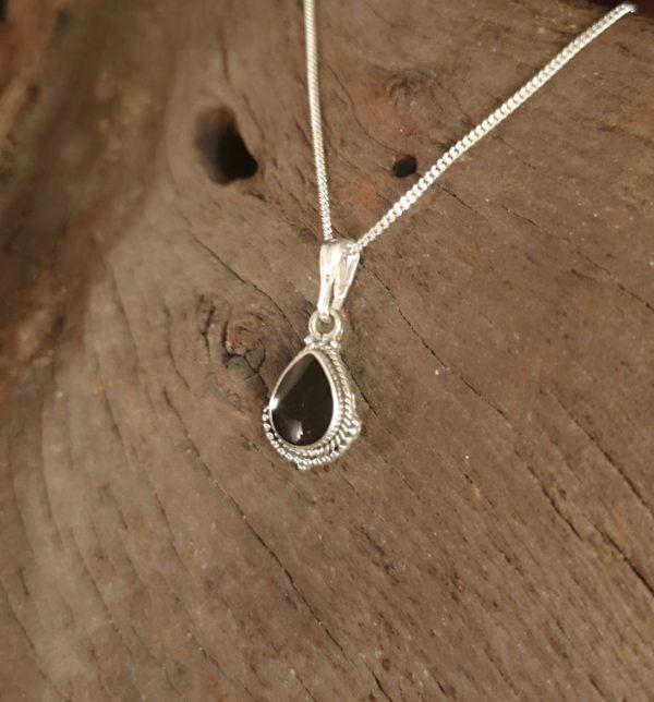 WhitbyJet pendant, sterling silver, rope edge teardrop t