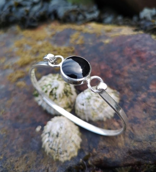 Round Whitby Jet Bangle set in sterling silver
