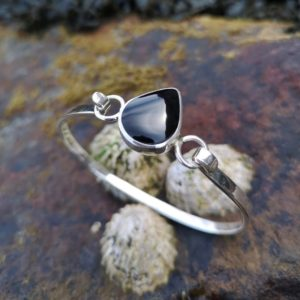 Whitby Jet Teardrop Bangle set in Sterling Silver